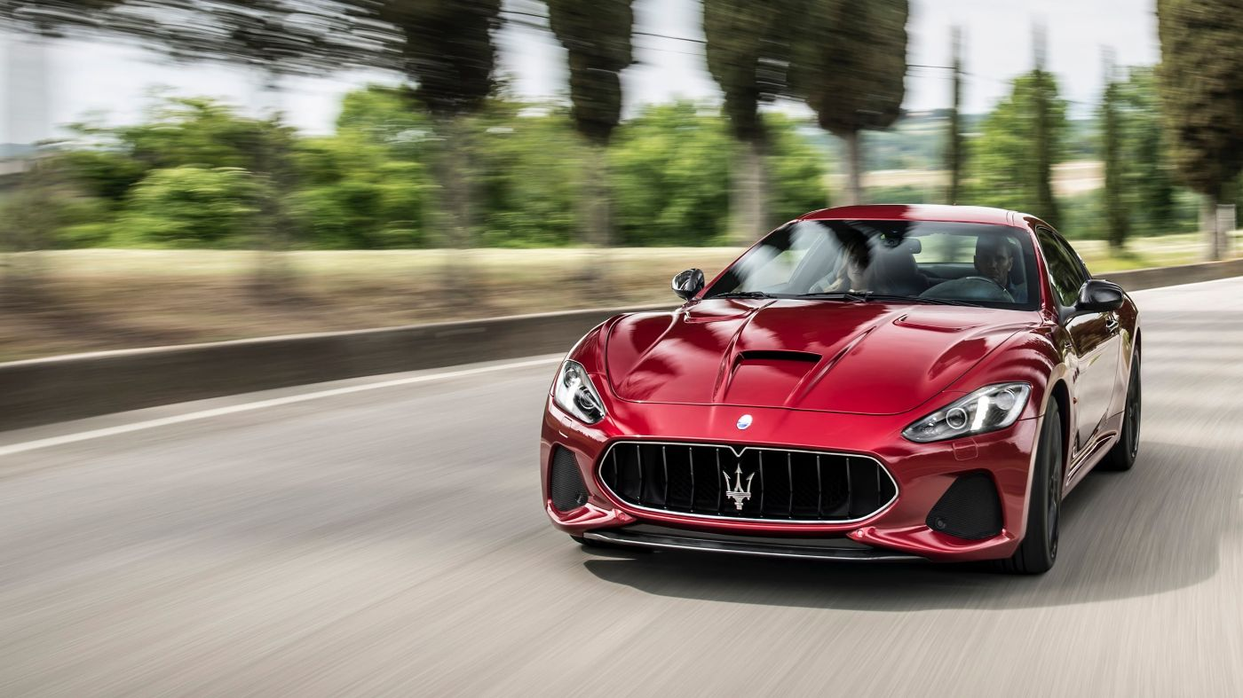Maserati GranTurismo - on the road - blurred background