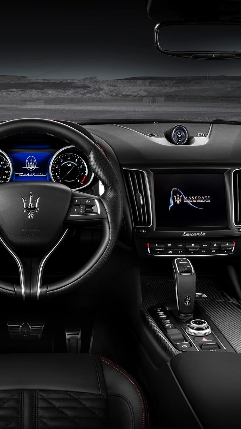 Maserati Levante - car dashboard, black